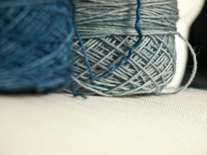 tosh merino light en mica y betty draper's blue